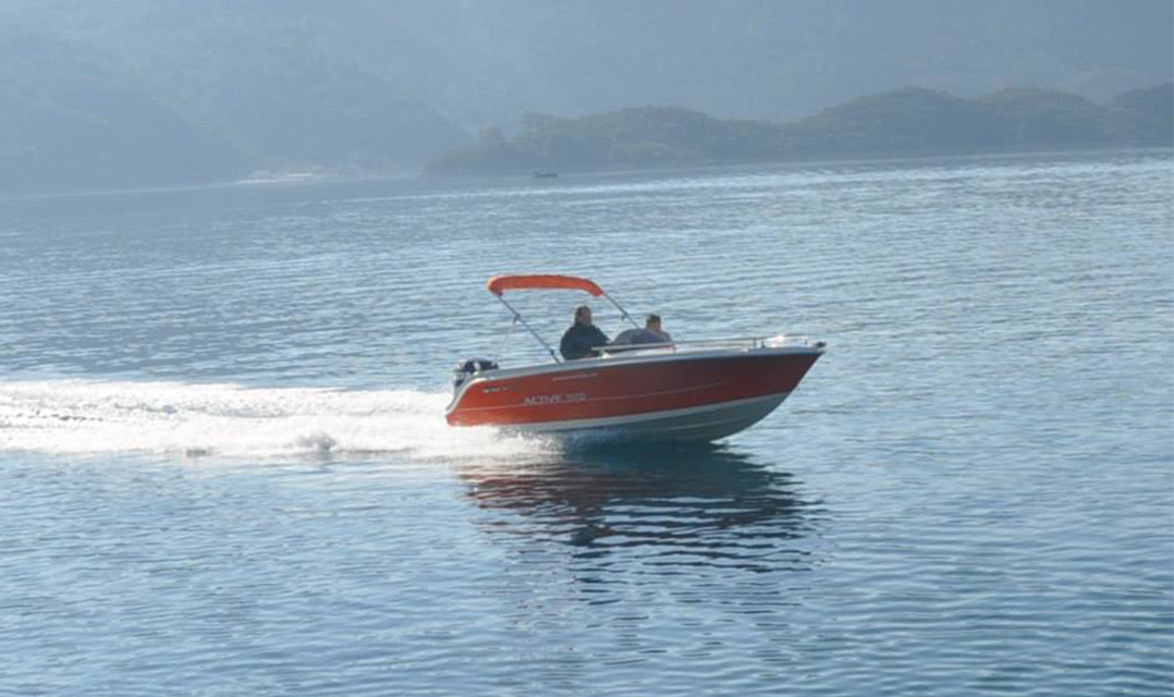 5.20 Sport Speed Boat (4).jpg