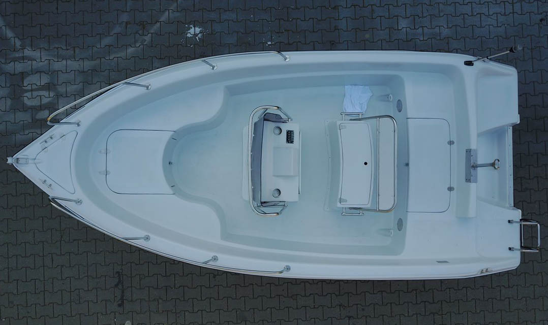 4.80m speed boat (4).jpg